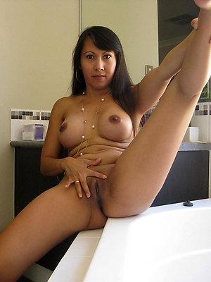 wonderful amateur mature sluts pictures