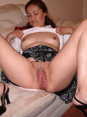 naughty nude amateur mature xxx
