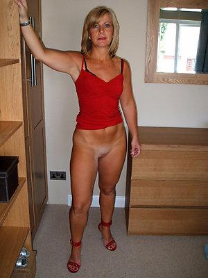 gorgeous nude amateur mature women
