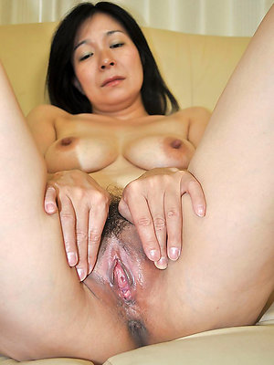 nonconforming grown-up asian milfs pics