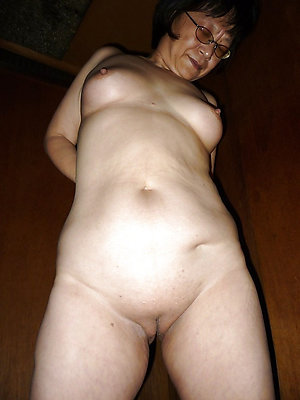 beautiful mature nude asian women