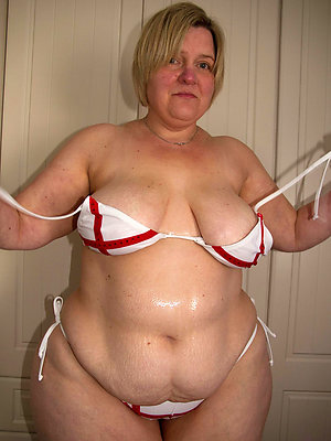 free pics be expeditious for mature bbw pussy