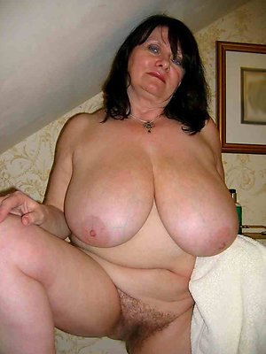 of age hairy bbw posing nude