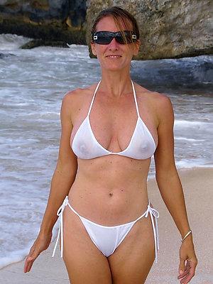 horny hot mature women bikini