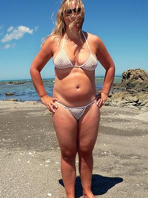 beautiful mature bikini women xxx