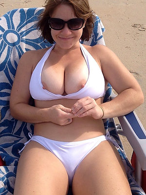 curvy adult bikini model photo