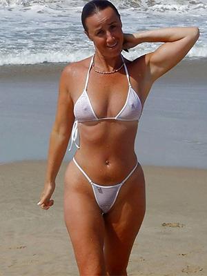 naughty mature bikini pic