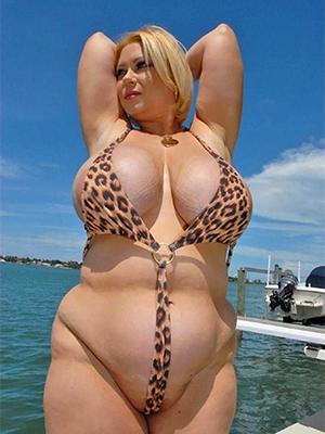 free pics of mature main back bikini