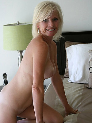 slutty blonde mature sex pics