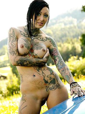 nasty tattooed mature women sex photos