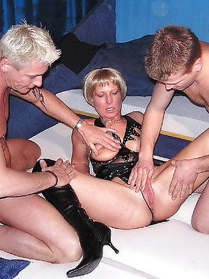 naught mature triple porn pictures