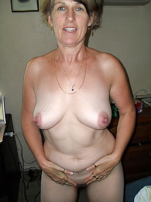 mature natural tits love porn
