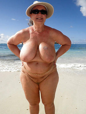super-sexy mature body of men with big tits