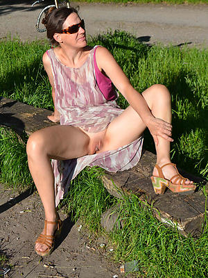 naughty mature upskirt no panties