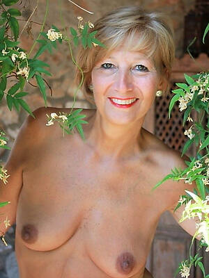 midget mature ladies over 50 hot free