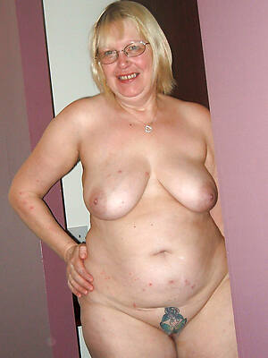 naked pics of mature nude females
