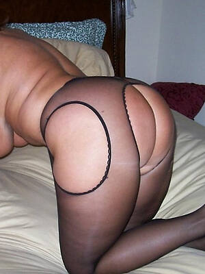 beautiful sexy mature nylons pictures