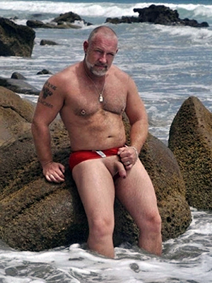 sexy mature on nude shore high def porn