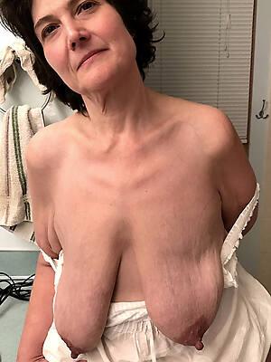 beautiful mature big saggy boobs
