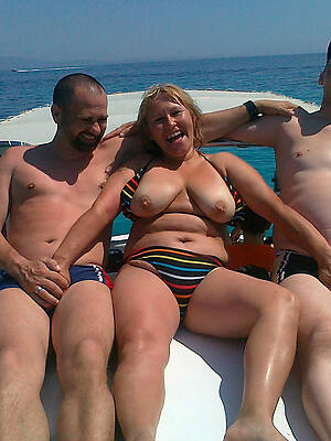 free mature threesome pictures