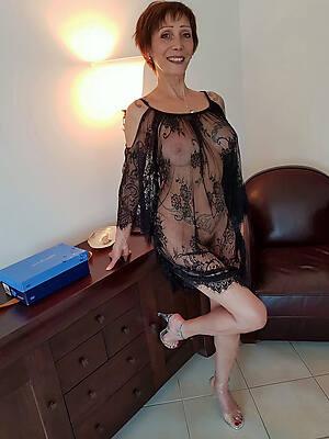 vest-pocket-sized mature lingerie photos