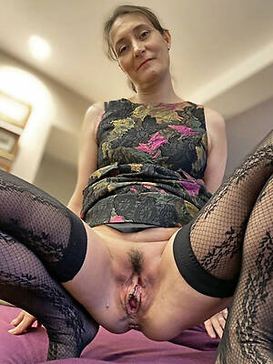 sexy denuded old ladies sex pics