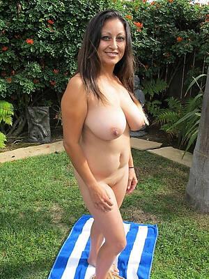 amazing latina mature pussy photo