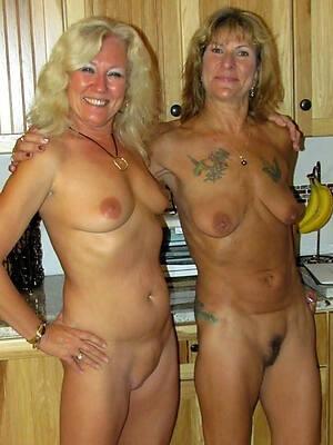Lesbians Pics