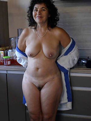 sexy mature singles over 50