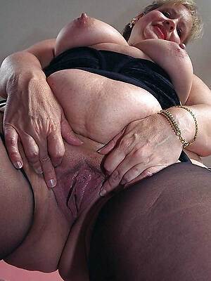 mature wet pussy free gallery