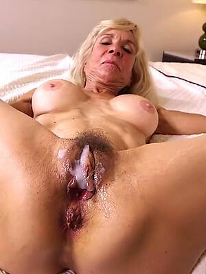 naked pics of mature creampies