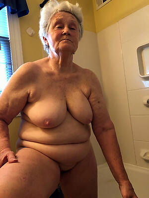 naked pics of sexy gung-ho grandmas