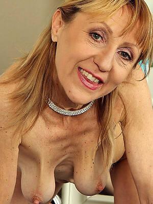 hot mature saggy tits clumsy porn pics