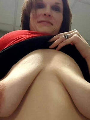 lay bare pics of adult saggy breasts