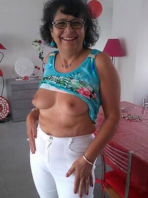 beautiful full-grown glasses porn gallery