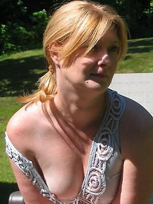 mature erotic amateur porn pics
