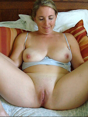 petite mature pussy xxx