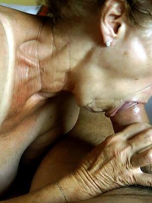 matures blowjobs posing nude
