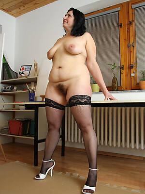 petite matured stocking porn pics