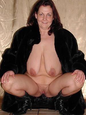 mature women with big saggy tits pics