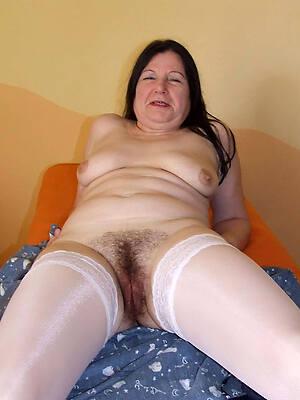 mature hairy moms unskilful porn pics
