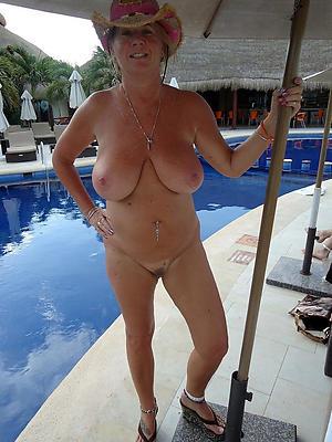 super-sexy skinny mature solo