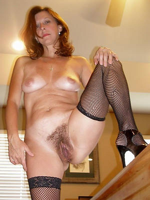 free pics of solo mature pussy