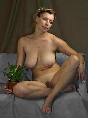 fantastic mature women nude gallery