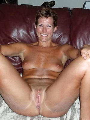 porn pics of mature women masterbating