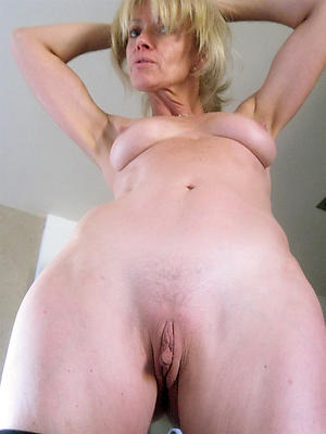 naked natural mature body of men pics