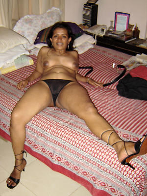 beautiful mature indian milf
