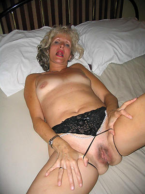 beautiful matured amateur nude pics