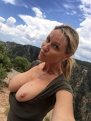 private grown-up porn pics