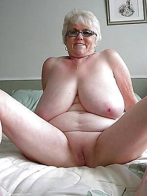 Amuture pussy pics
